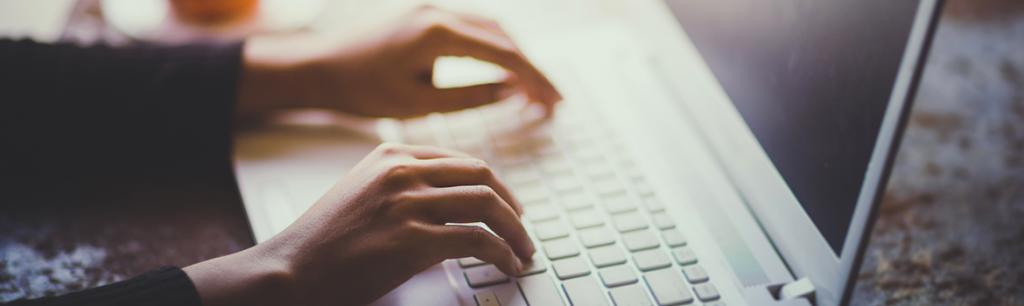 Los peligros del autodiagnóstico de enfermedades y tratamientos buscando información en internet